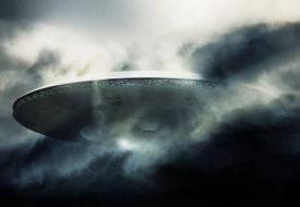 पीएम मोदी के घर के ऊपर दिखाई दी उड़न तश्तरी।