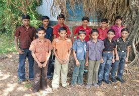 UP के एक ही गांव में 60 से अधिक घर में जुड़वा  बच्चे।