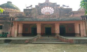 बिहार के नवादा ज़िले का एक ऐसा गांव जहाँ हर जाति की लिए है अलग अलग मंदिर।