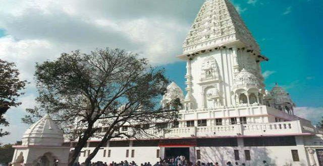 बिहार का एक अनोखा मंदिर जहाँ आपस में बात करतीं हैं मूर्तियां।